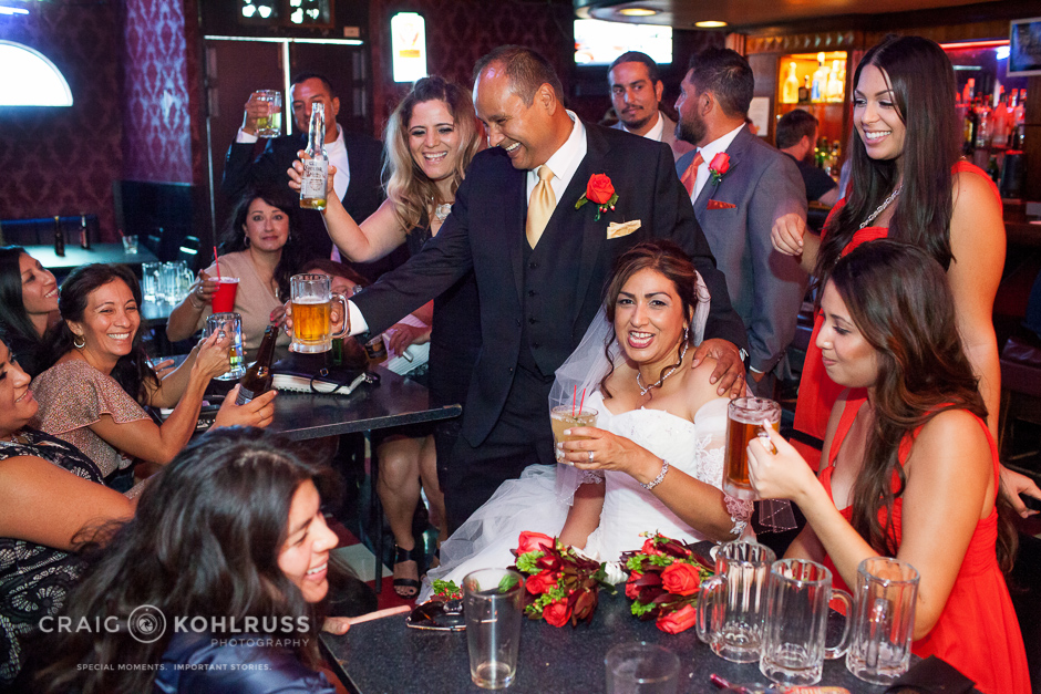 wedding drinks at the bar